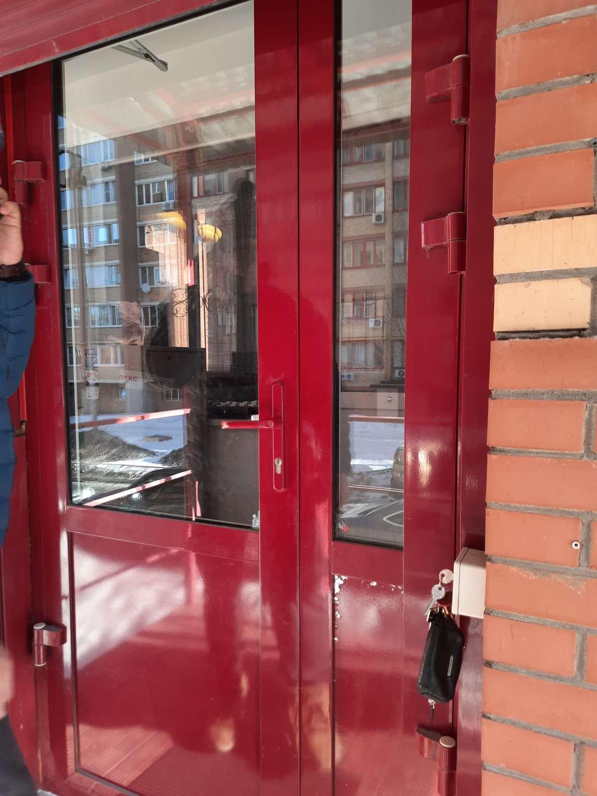 Продажа коммерческой недвижимости, 52м <sup>2</sup>, Самара, Победы улица,  дом 4а