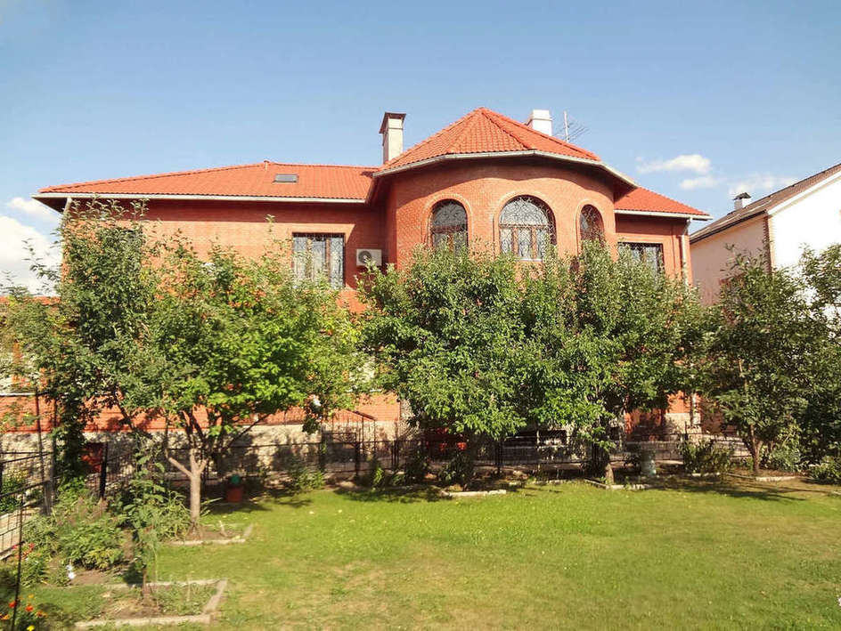 Продажа дома, 603м <sup>2</sup>, 15 сот., г. Тольятти, Каштановая улица