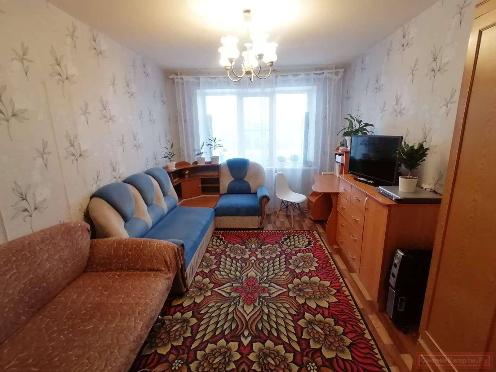 Продажа комнаты, г. Тольятти, Луначарского бульвар  дом 4