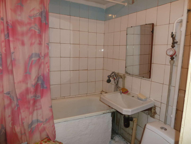 Продажа 2-комнатной квартиры, г. Тольятти, Громовой улица  дом 14