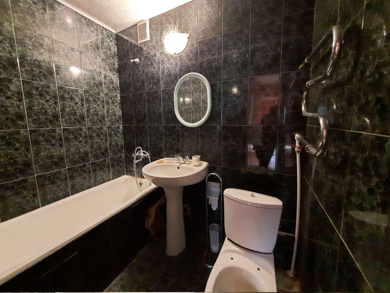 Продажа 4-комнатной квартиры, Самара, 3-й квартал,  дом 4
